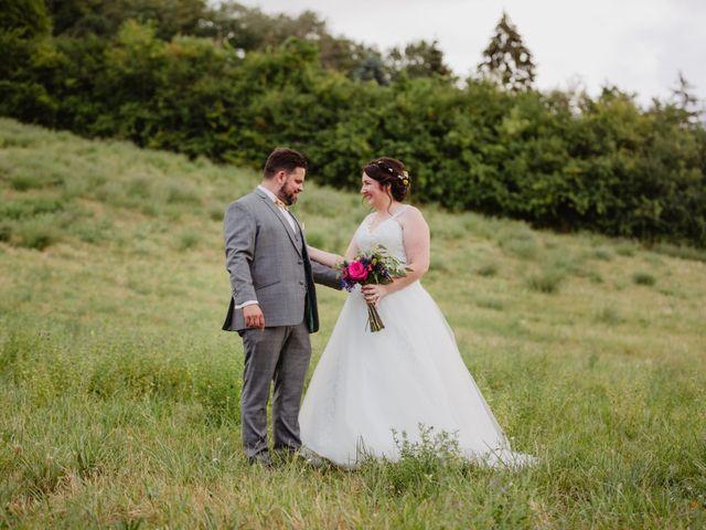 Le mariage de Dimitri et Laura à Chevincourt, Oise 27