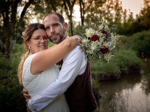 Le mariage de Nicolas et Marion à Arveyres, Gironde 1
