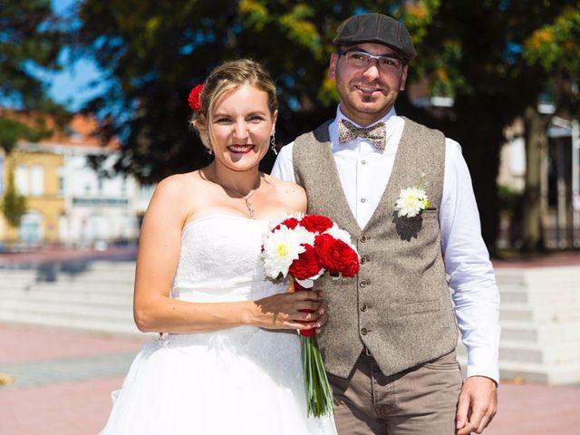Le mariage de David et Sarah à Coudekerque-Branche, Nord 15