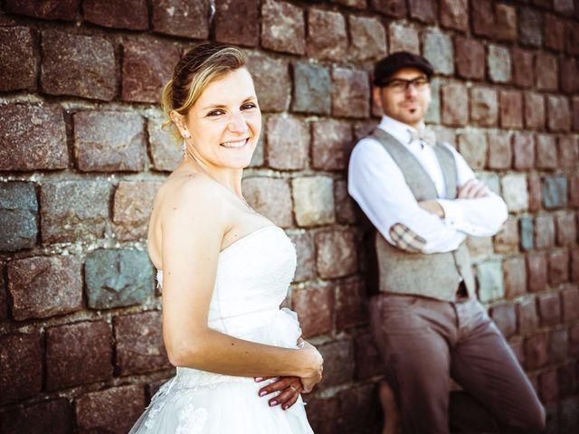 Le mariage de David et Sarah à Coudekerque-Branche, Nord 32