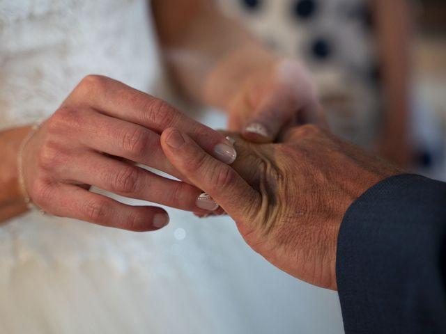 Le mariage de Johan et Ludivine à Quiberon, Morbihan 37