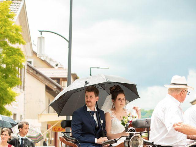 Le mariage de Alexandre et Emilie à Frangy, Haute-Savoie 9