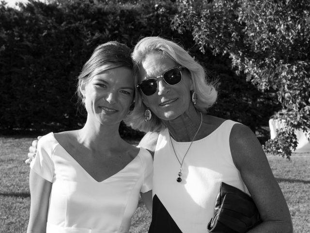 Le mariage de Basile et Marine à Marennes, Charente Maritime 44
