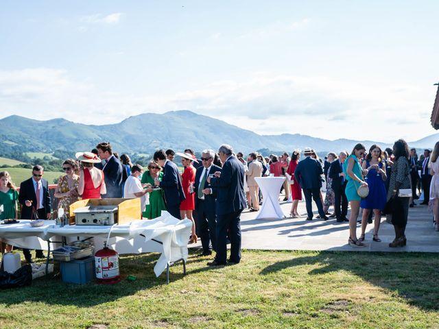 Le mariage de Aldric et Camille à Ascain, Pyrénées-Atlantiques 28