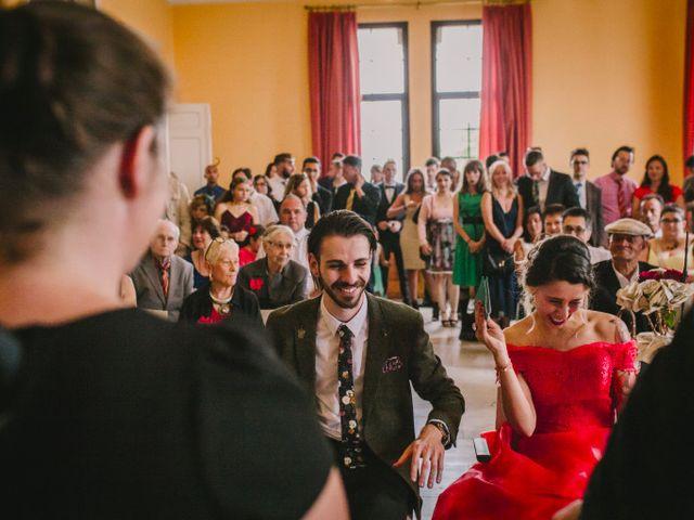 Le mariage de Lhéo et Sarah à Saint-Gilles, Gard 26