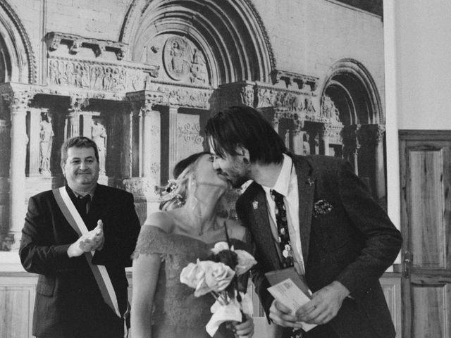 Le mariage de Lhéo et Sarah à Saint-Gilles, Gard 27