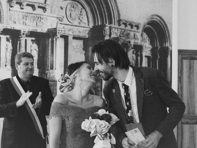 Le mariage de Lhéo et Sarah à Saint-Gilles, Gard 28