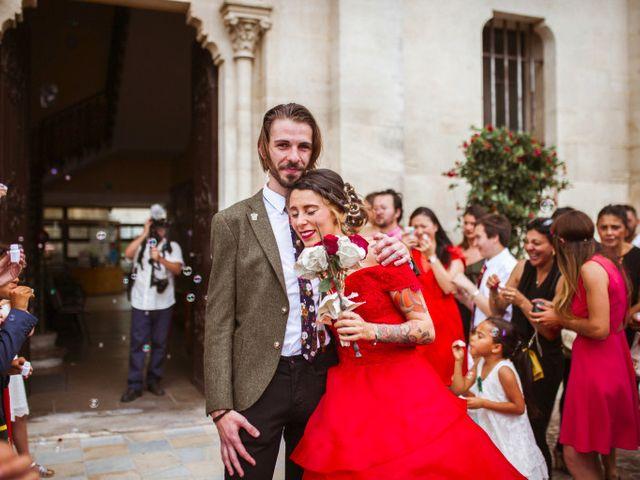 Le mariage de Lhéo et Sarah à Saint-Gilles, Gard 34