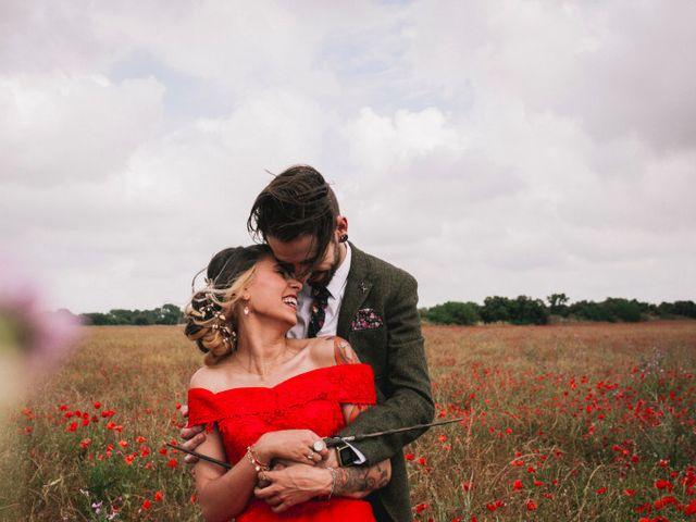 Le mariage de Lhéo et Sarah à Saint-Gilles, Gard 58