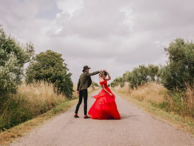 Le mariage de Lhéo et Sarah à Saint-Gilles, Gard 70