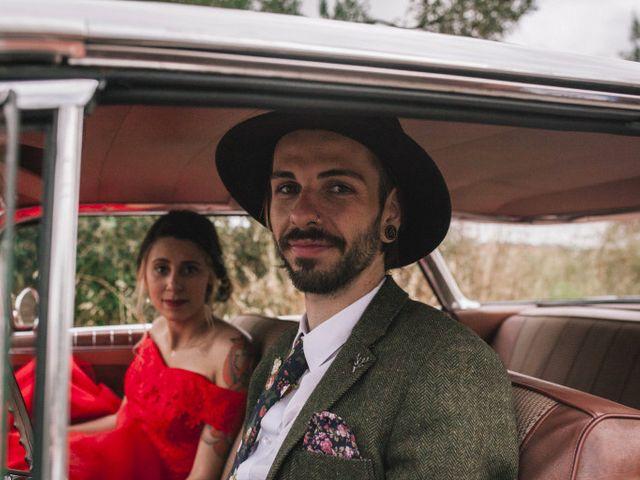 Le mariage de Lhéo et Sarah à Saint-Gilles, Gard 79