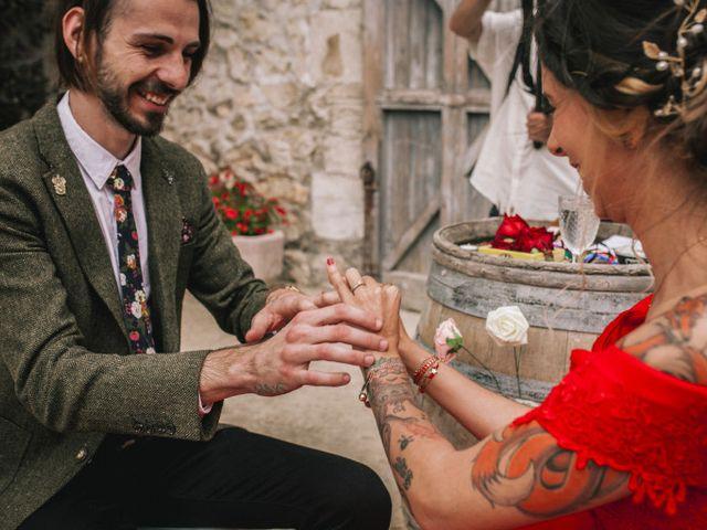 Le mariage de Lhéo et Sarah à Saint-Gilles, Gard 93
