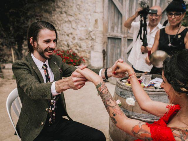 Le mariage de Lhéo et Sarah à Saint-Gilles, Gard 94