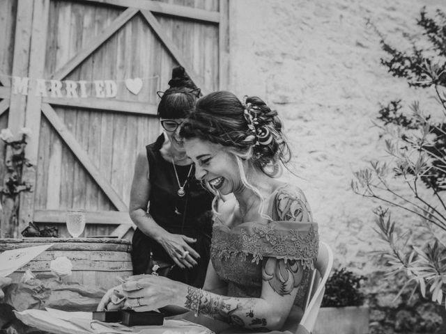 Le mariage de Lhéo et Sarah à Saint-Gilles, Gard 100