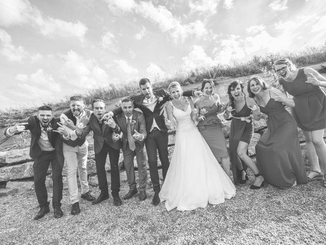 Le mariage de Jonathan et Camille à Millery, Rhône 22