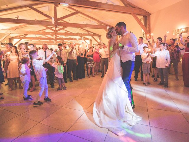 Le mariage de Jonathan et Camille à Millery, Rhône 44