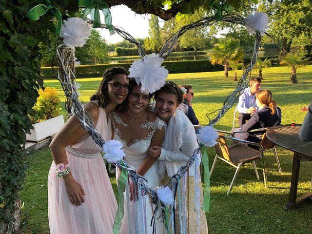 Le mariage de Cyril  et Anaïs  à Rion-des-Landes, Landes 14