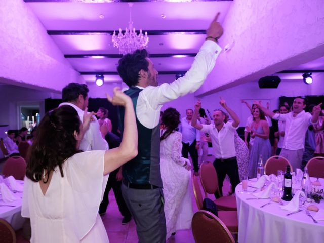 Le mariage de Julien et Christelle à Toulon, Var 69