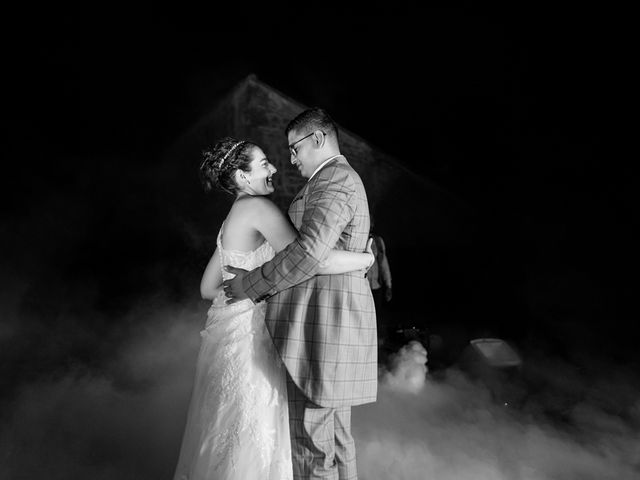 Le mariage de Mohamed-Ali et Alizée à Port-d'Envaux, Charente Maritime 33
