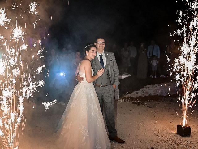 Le mariage de Mohamed-Ali et Alizée à Port-d'Envaux, Charente Maritime 35