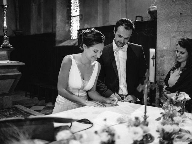 Le mariage de Jonnathan et Mathilde à Génelard, Saône et Loire 32