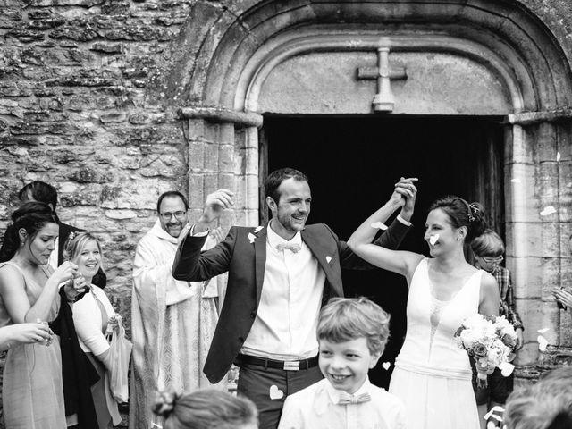 Le mariage de Jonnathan et Mathilde à Génelard, Saône et Loire 35