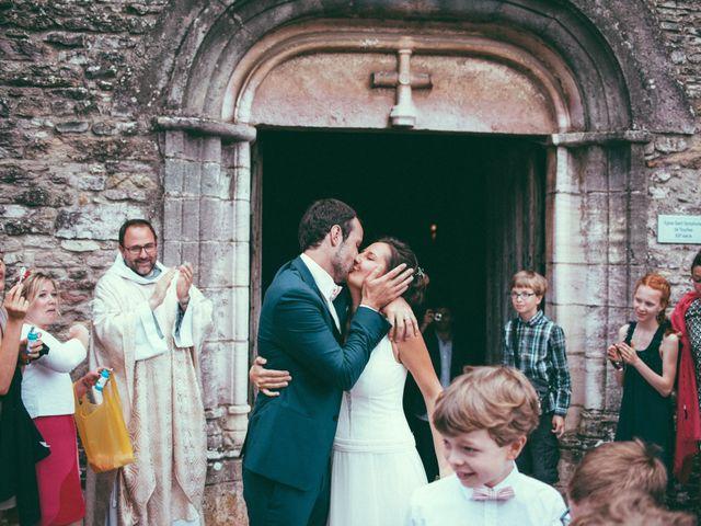 Le mariage de Jonnathan et Mathilde à Génelard, Saône et Loire 37