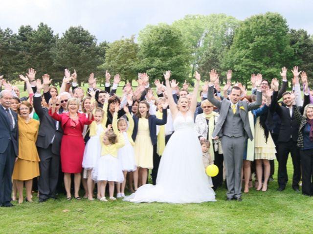Le mariage de Virginie et Jeremy à Poissy, Yvelines 16