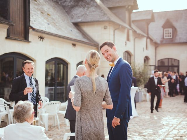 Le mariage de Alexis et Laura à Berneuil-sur-Aisne, Oise 56