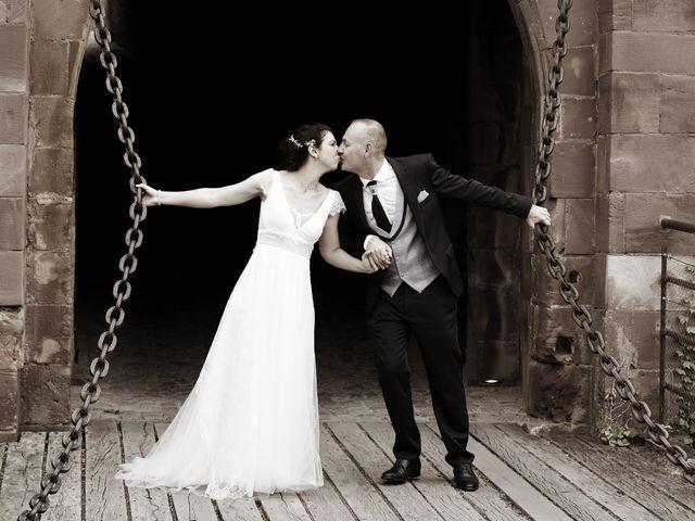 Le mariage de Jean-Christophe et Myriam à Rougemont-le-Château, Territoire de Belfort 38