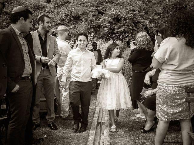 Le mariage de Alex et Jessica à Vallery, Yonne 15