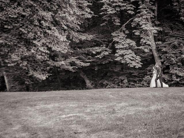 Le mariage de Alex et Jessica à Vallery, Yonne 63