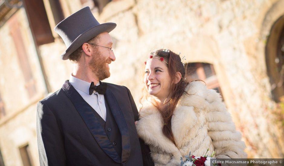 Le mariage de Tim et Laura à Montcléra, Lot