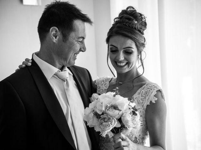 Le mariage de Maxime et Jess à Grignan, Drôme 35