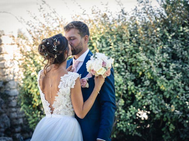 Le mariage de Maxime et Jess à Grignan, Drôme 74
