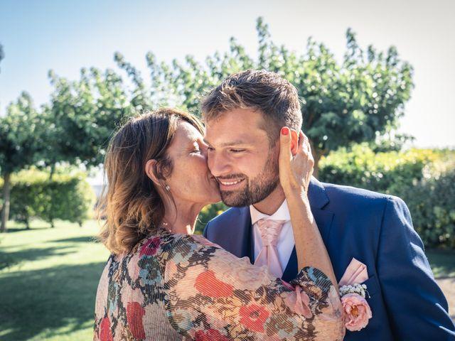 Le mariage de Maxime et Jess à Grignan, Drôme 77