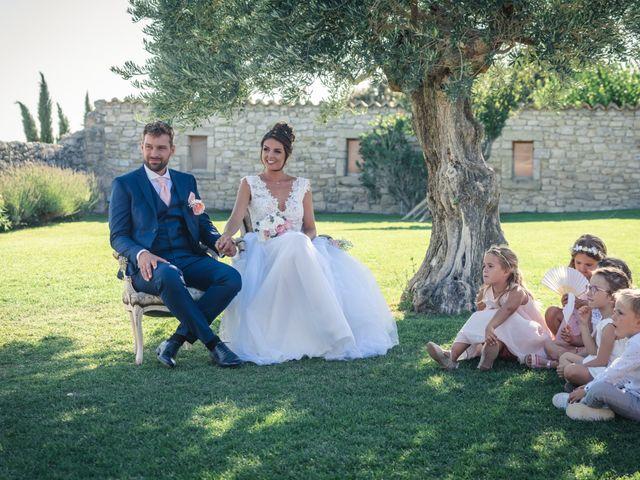 Le mariage de Maxime et Jess à Grignan, Drôme 92