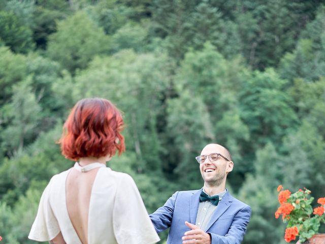 Le mariage de Charles et Louise à Brullioles, Rhône 10