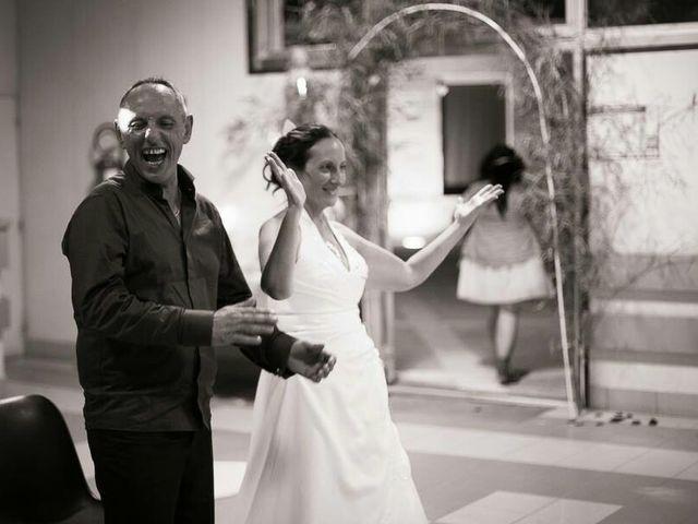 Le mariage de Philippe et Nathalie à Saint-Mariens, Gironde 2