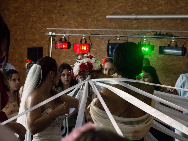 Le mariage de Sebastien et Elodie à Lisle-sur-Tarn, Tarn 32