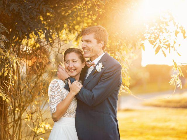 Le mariage de Thomas et Julie à Trévières, Calvados 9