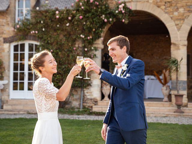 Le mariage de Thomas et Julie à Trévières, Calvados 28