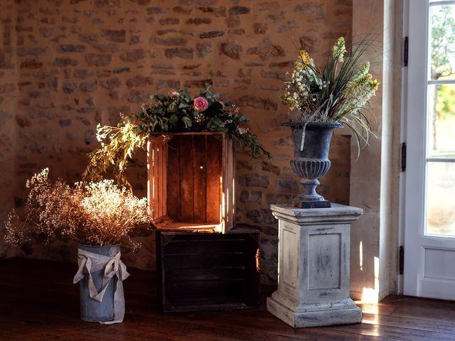 Le mariage de Thomas et Julie à Trévières, Calvados 32