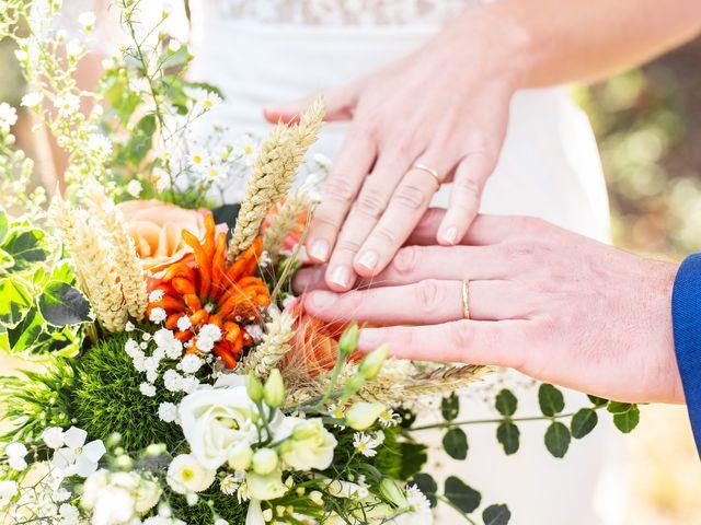 Le mariage de Thomas et Julie à Trévières, Calvados 42