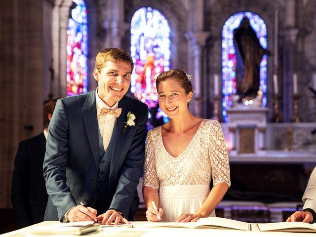 Le mariage de Thomas et Julie à Trévières, Calvados 44