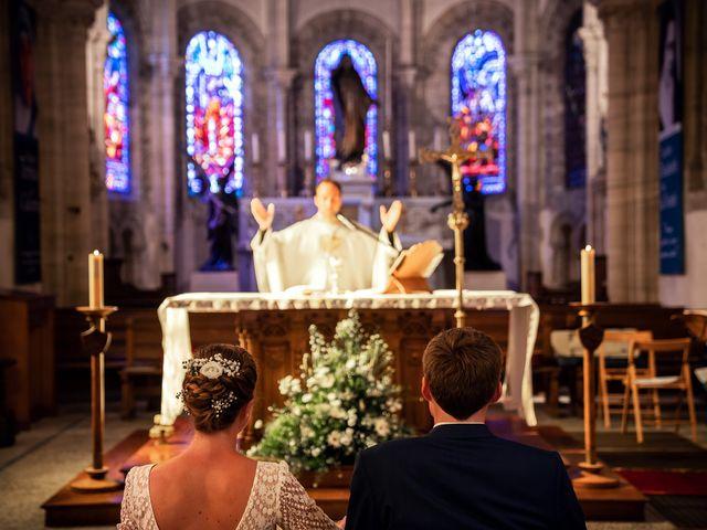 Le mariage de Thomas et Julie à Trévières, Calvados 47