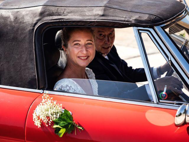 Le mariage de Thomas et Julie à Trévières, Calvados 53