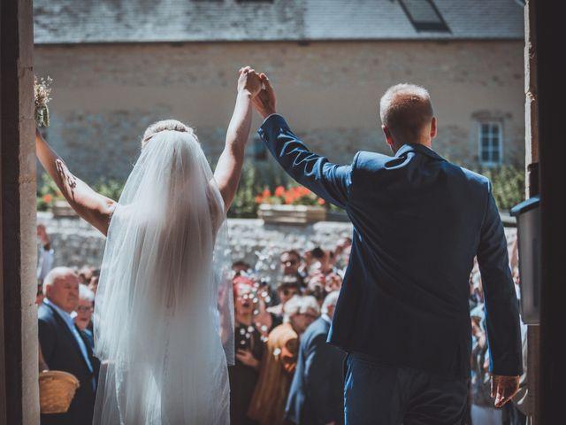 Le mariage de Sylvain et Camille à Tour-en-Bessin, Calvados 39