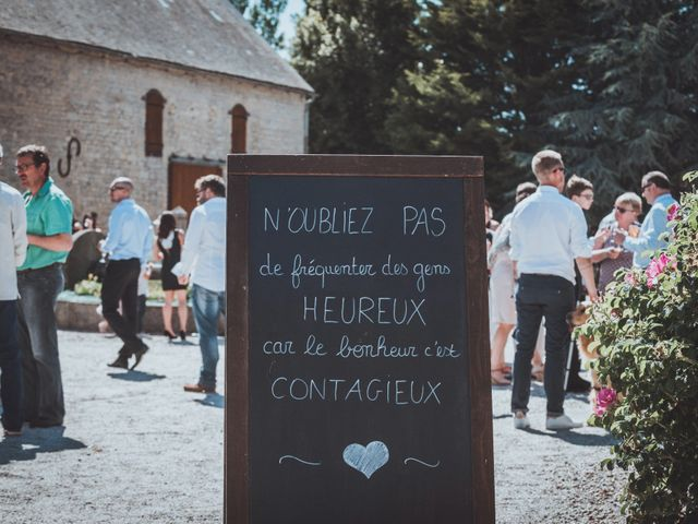 Le mariage de Sylvain et Camille à Tour-en-Bessin, Calvados 45