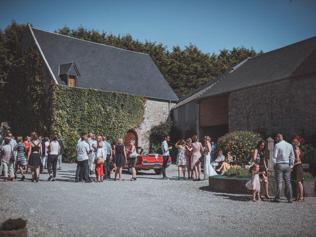 Le mariage de Sylvain et Camille à Tour-en-Bessin, Calvados 46